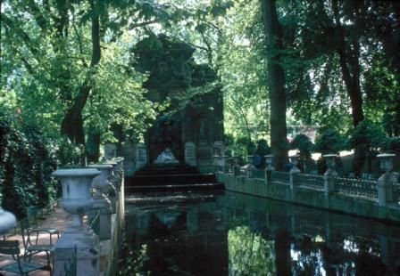 La fontaine de Marie de Médicis au Jardin du Luxembourg